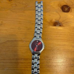 'Gucci' watch
